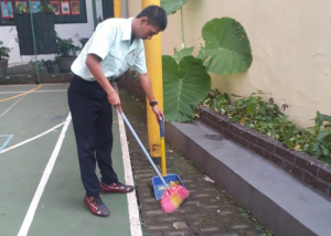 hr-pro (cleaning) @ site